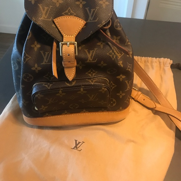 c3328ea8d73a Louis Vuitton Handbags - LV Montsouris Monogram Mini Canvas Backpack